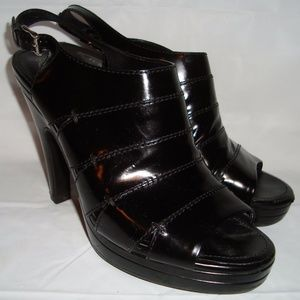Tods Black Leather Open Toed Strappy 9 Shoes 40